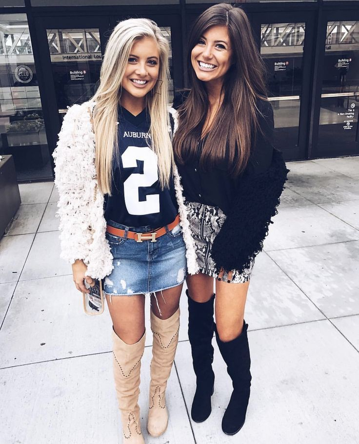 tapping hot college girls